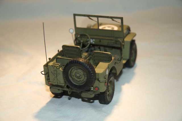 j 39 ai fini le willys jeep de modelik mon second modele le forum en papier. Black Bedroom Furniture Sets. Home Design Ideas